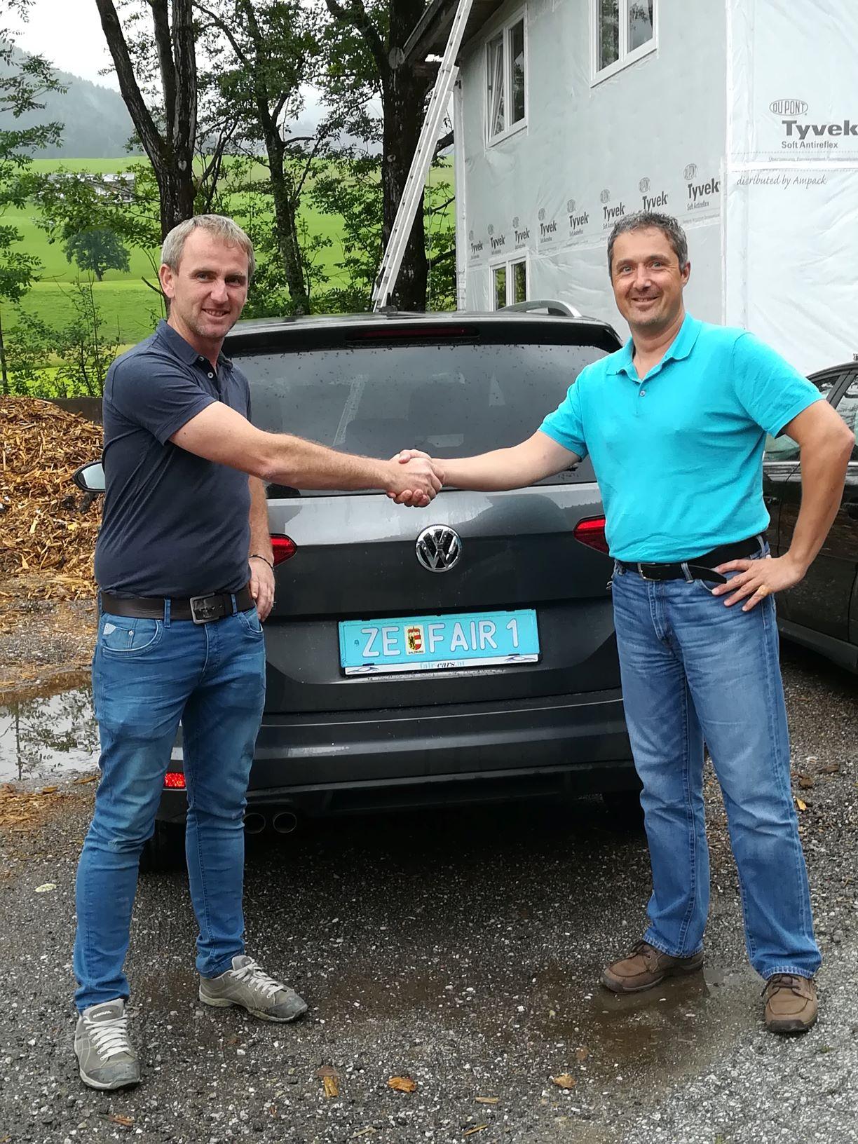 VW Touran für Kronbichler Bau GmbH in Walchsee